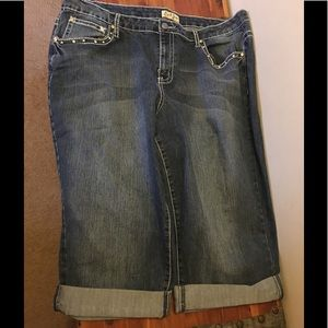 Earl Jeans denim bermuda shorts.
